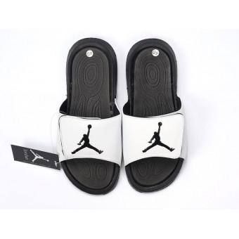 Nike Air Jordan Hydro IV Pantoufle - Autocollants magiques Sandals Noir/Blanche Pas Cher Pour Homme