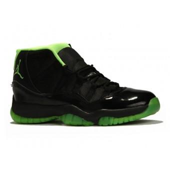 Air Jordan 11 Retro Three-Quarter Chaussure Jordan Basket Pas Cher Pour Homme